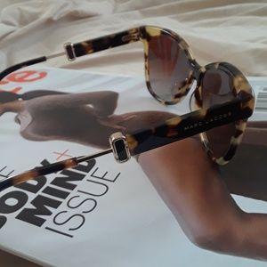 Marc Jacobs Accessories - Marc Jacobs tortoiseshell-look cat eye sunglasses